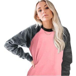 Tops - Pink Crewneck Sweatshirt, with camo sleeves. XL N